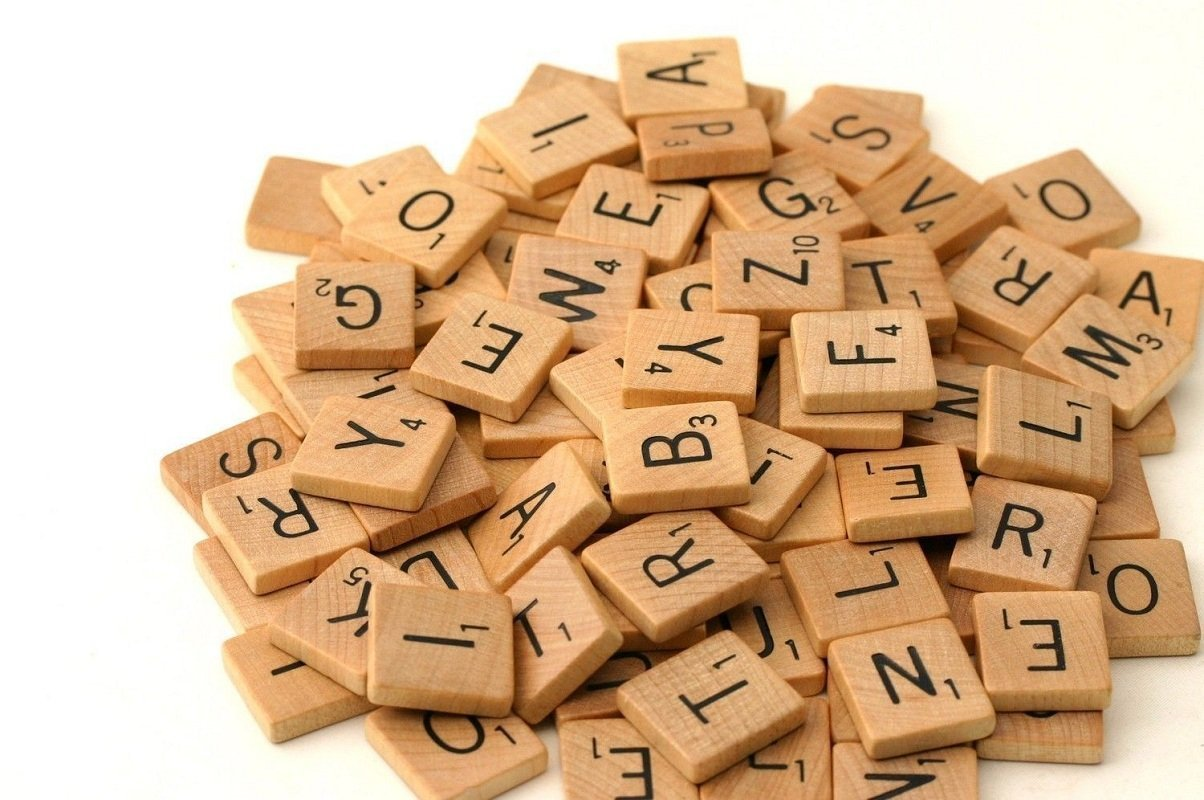 500 Wood Scrabble Tiles - NEW Scrabble Letters - Wood Pieces - 5 Complete  Sets - Great for Crafts, Pendants, Spelling by Fuhaieec(TM) by flyco:  Amazon.com.au: Toys & Games